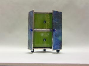 green curio box